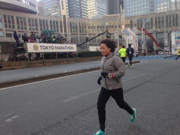 東京マラソン前のウォーミングアップ