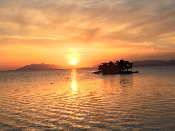 夕暮れ時の宍道湖