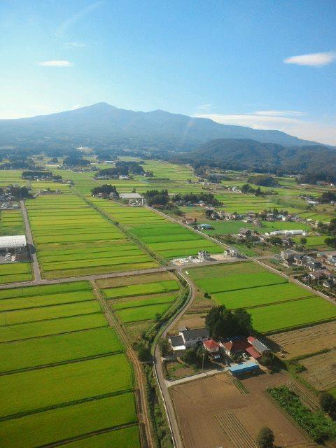 「日本で最も美しい村」福島県大玉村の田園風景